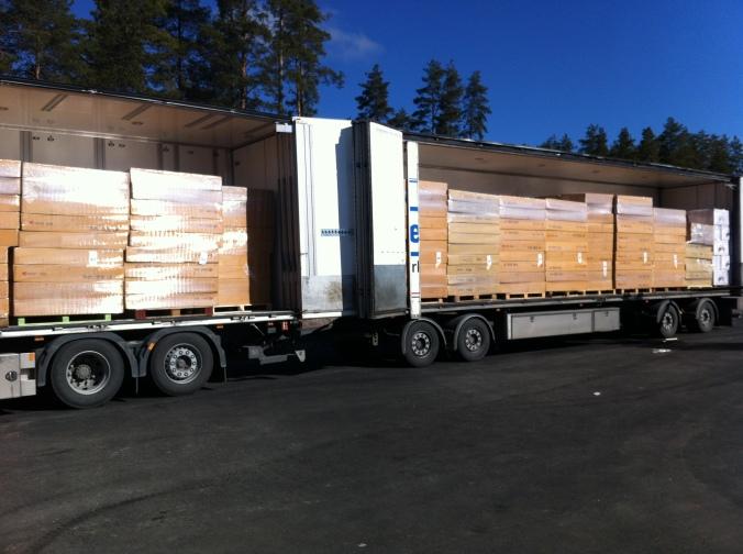 Första leveransen av hojjar, ca 400st